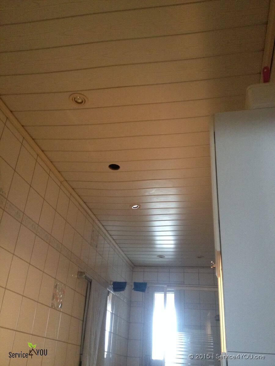 Badezimmer   Deckenverkleidung erneuert incl. Unterbau & LED ...